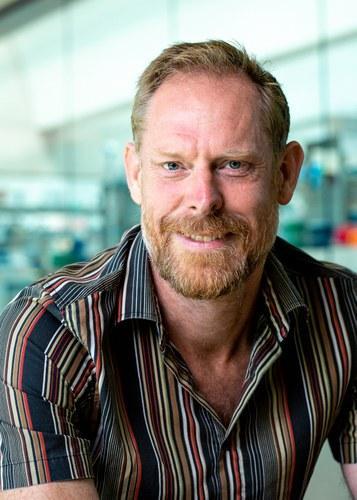 Professor Giles  Oldroyd
