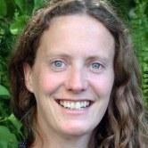 Dr Sarah  Robinson